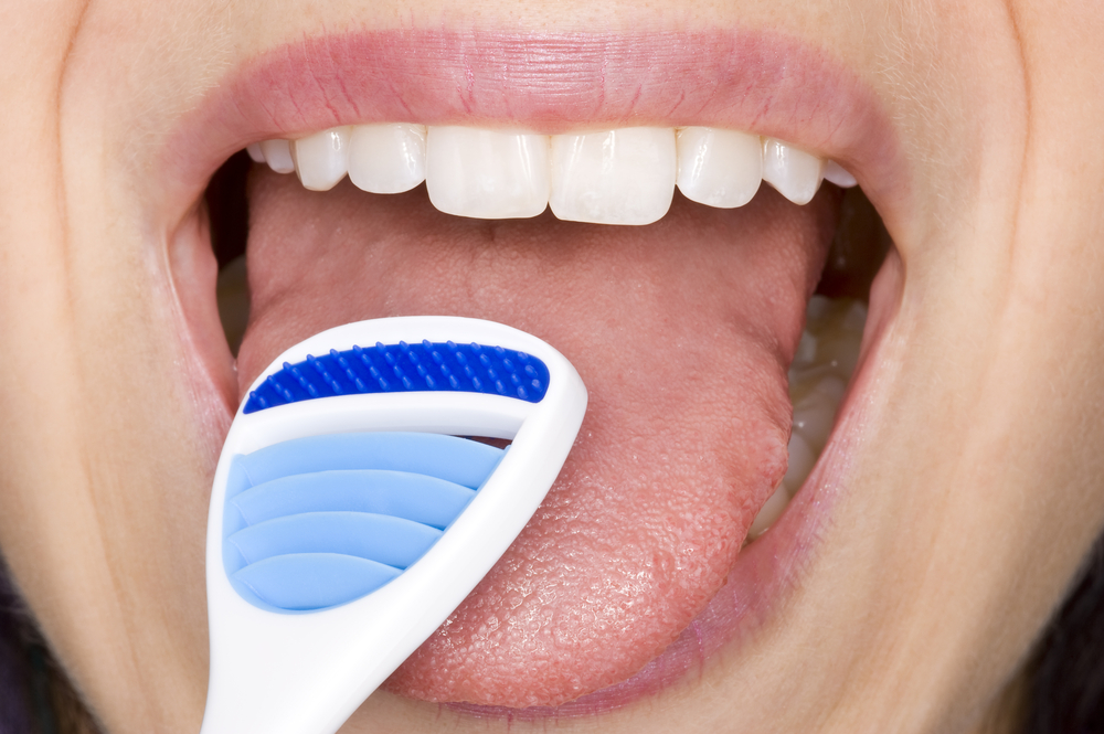Importance of cleaning your tongue in oral hygiene